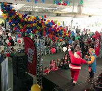 Balloon Drop at the Children's Christmas Party